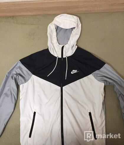 Nike  Windrunner  Bunda