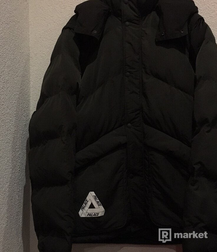 Palace Pinnacle Puffa