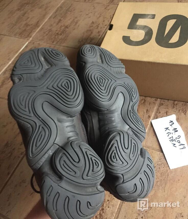 Prodám  yeezy 500 utility black