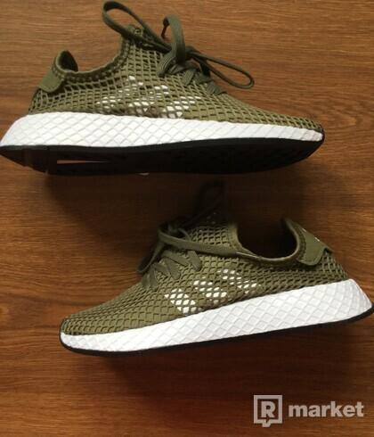 Adidas Deerupt camo