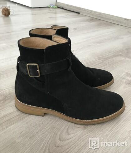 Black Chelsea Strap Boots veľ. 42