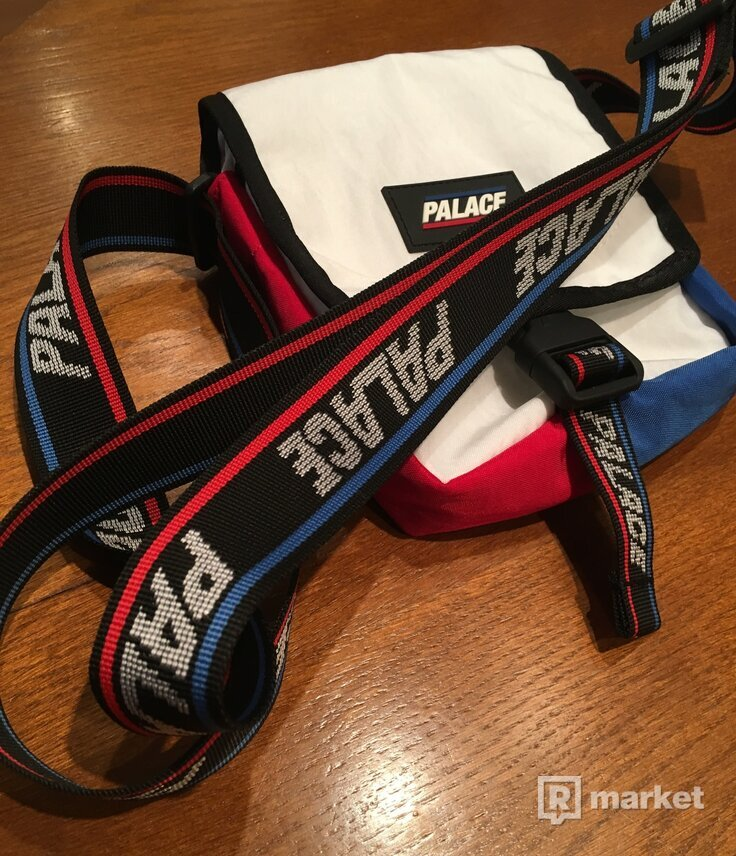 Palace Genius Shot Bag White