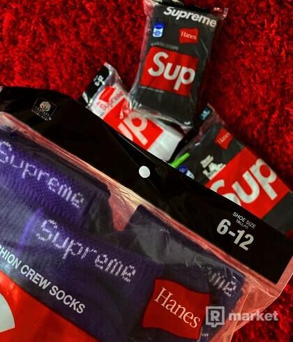 Supreme hanes socks purple