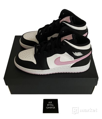 Nike Air Jordan 1 Mid Artic Pink