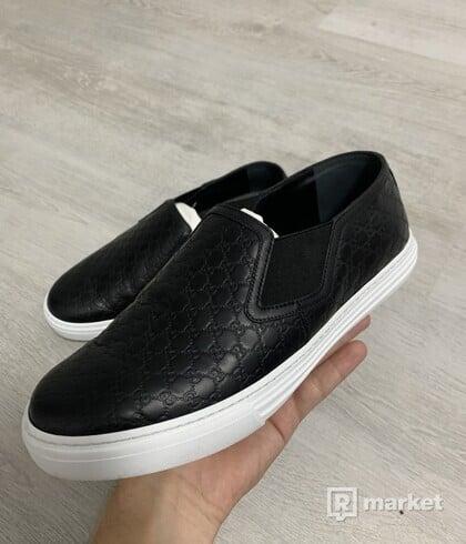 Gucci monogram shoes