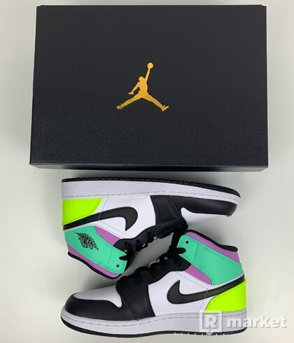 Air Jordan 1 mid Pastel Green (GS)