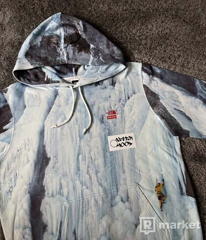 Supreme x The North Face Ice Climb hooded sweatshirt