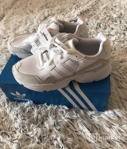 Adidas yung96