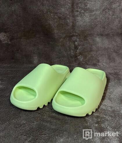 Yeezy Slides Glow Green