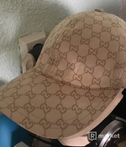 Gucci GG print cap