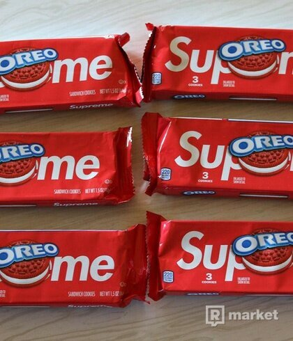 Supreme oreo 1 pack ( 3cookies )
