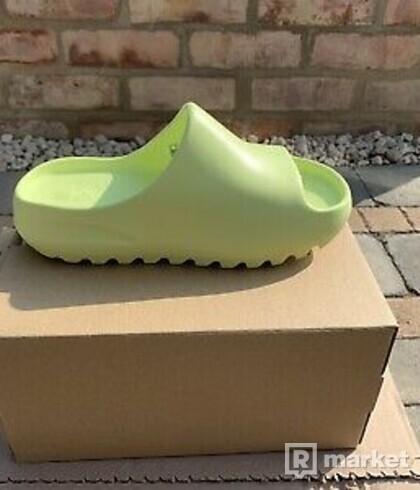 Yeezy Slides Soot & Green Glow