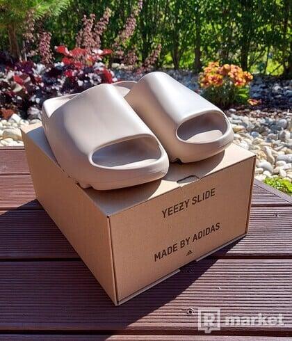"Adidas YEEZY Slides ""Pure"""