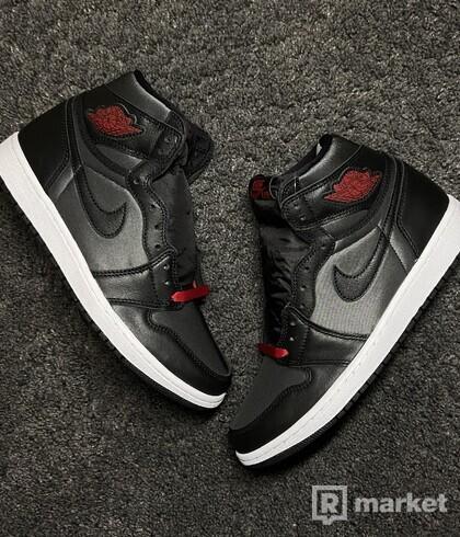 "Air Jordan 1 Retro High ,,Black Satin Gym Red"""