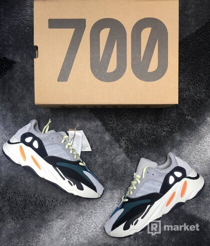 Adidas Yeezy 700 Waverunner US 10