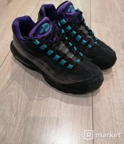 Nike air max 95 black and grape