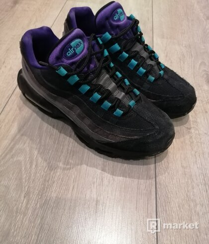 Nike air max 95 black and grape