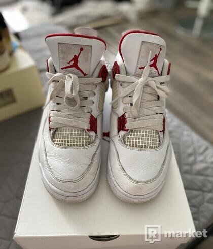 Nike air jordan 4 metallic red