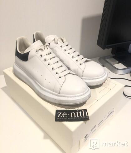 Alexander McQueen oversized sole sneaker