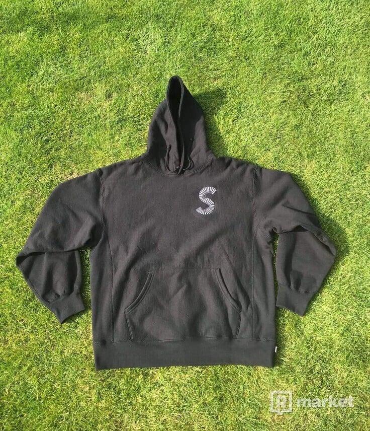 Supreme S logo fw2020