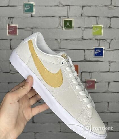 Nike Blazer Low SB