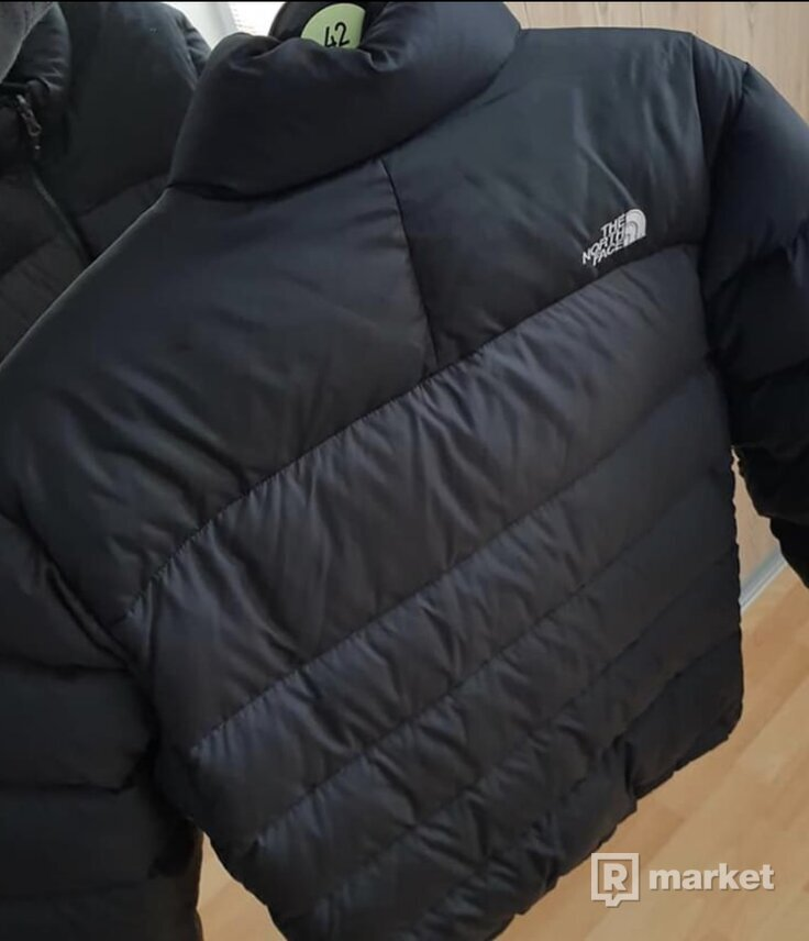 The North Face jacket 700