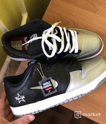 Nike SB Dunk/SUPREME