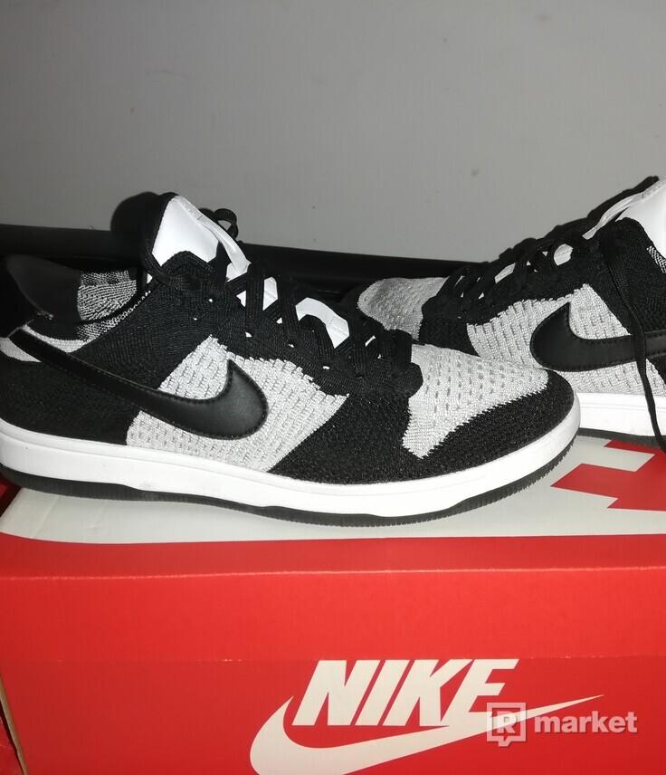Nike dunk flyknit