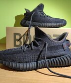 "Adidas Yeezy Boost 350 V2 ""Black"" (non reflective)"