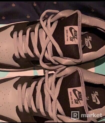 Nike SB Dunk Low Shadow