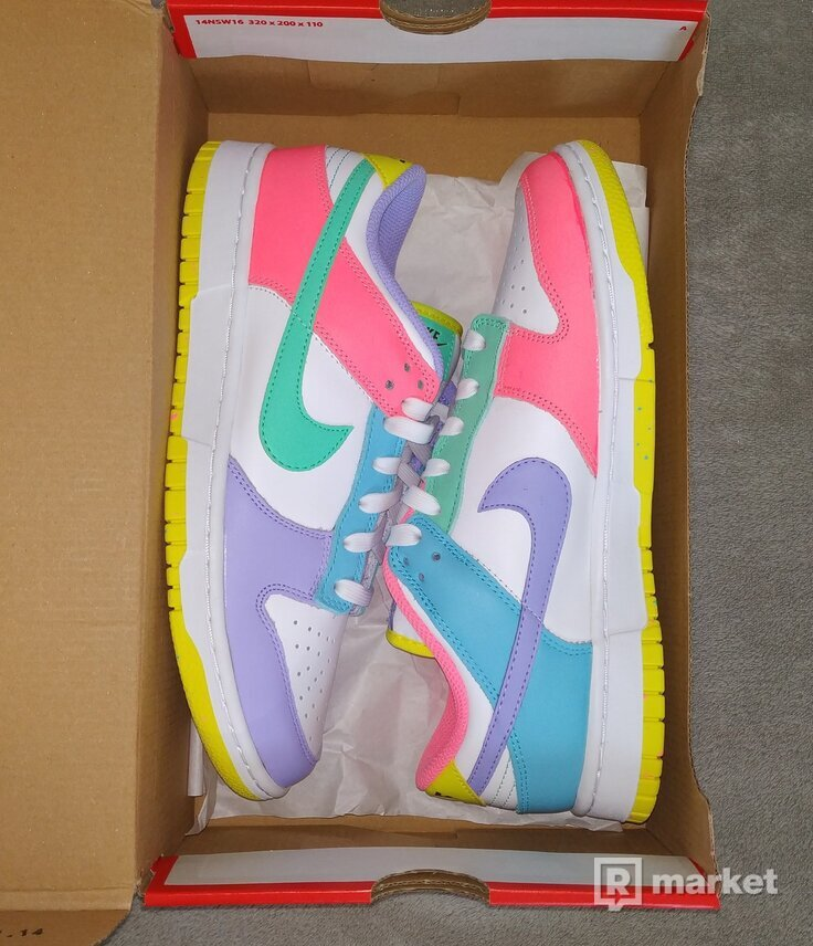 Nike Dunk Low Easter