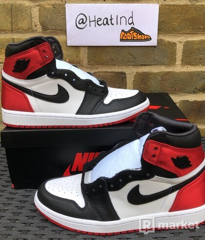 Jordan 1 Retro Satin Black Toe