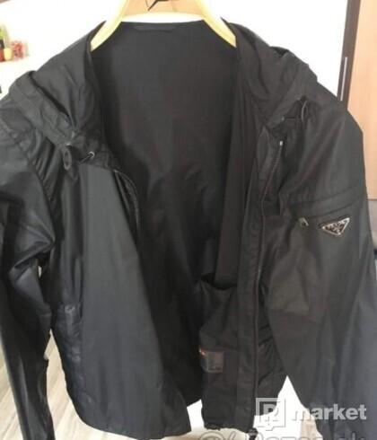 PRADA - nová luxusná bunda