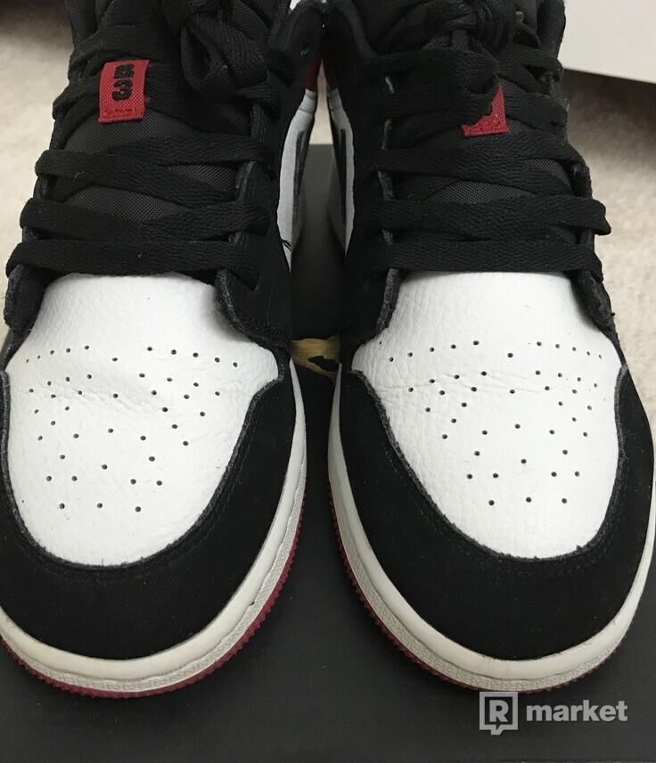 Air Jordan 1 Low Black Toe (GS)