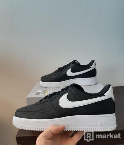 Nike air force 1 black, white swoosh