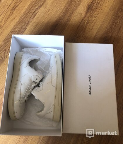 Balenciaga Base Trainer