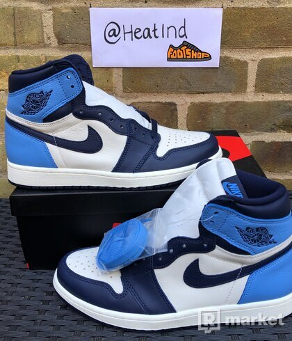 Air Jordan 1 Retro High Obsidian
