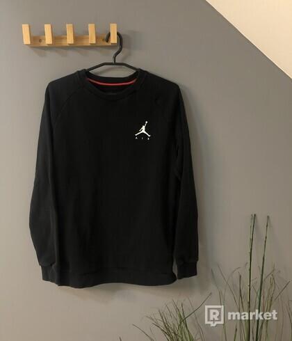 Sveter čierny Air Jordan