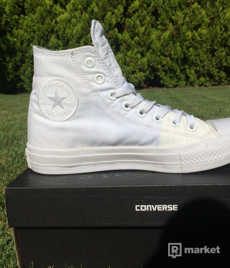 Predám Converse Chuck Taylor All Star II Engineered Woven White