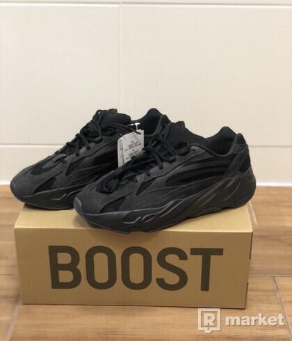 Adidas Yeezy 700 V2 Vanta