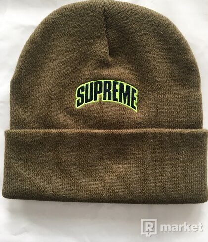Supreme Crown Logo Beanie