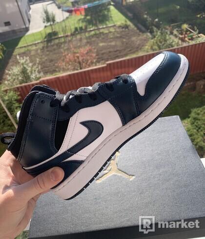 Nike Air Jordan mid dark teal