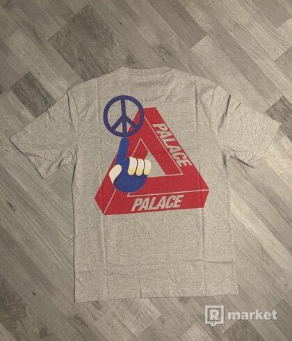 Palace Skateboards Tri-Smiler Tee