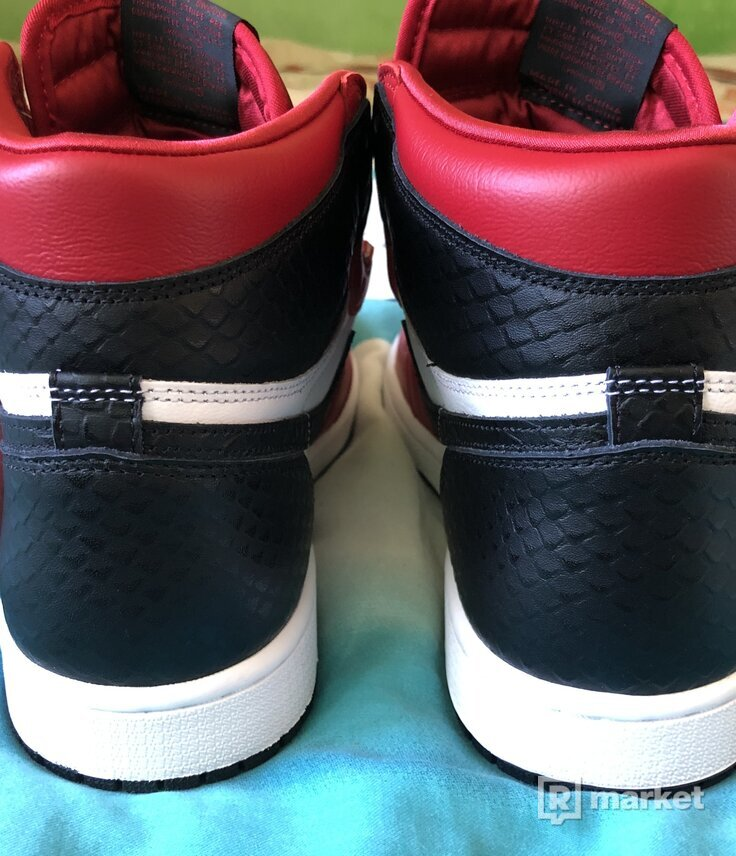 Air Jordan 1 High Satin Snake
