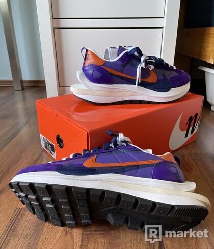 """Nike Sacai Vaporwaffle - """"Dark Iris"""""""