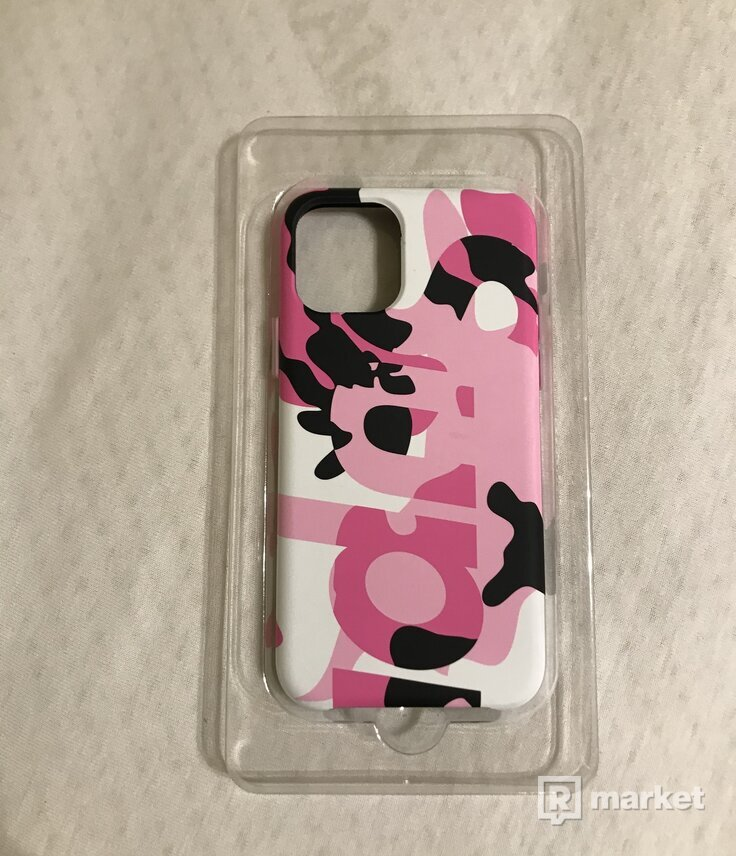 Supreme 11 pro iPhone camo (pink) case