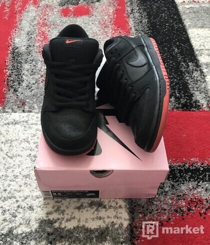 Nike SB Dunk Low Pigeon Black