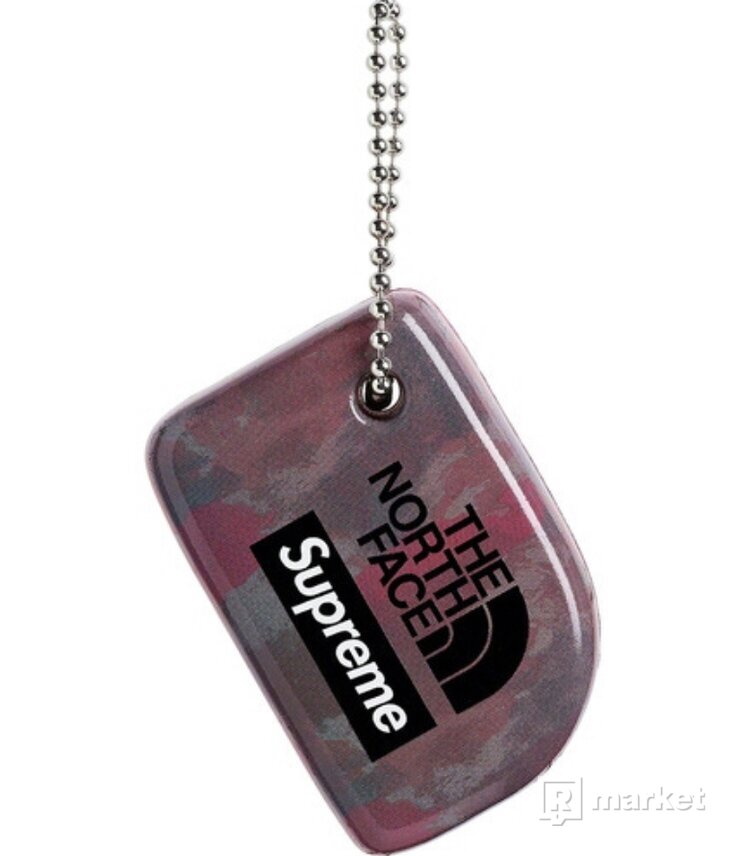 Supreme/TNF ~ Floating keychain