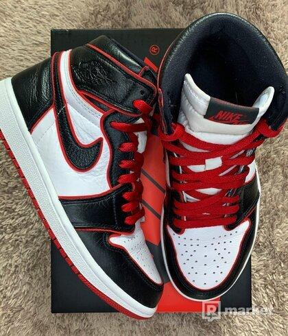 AIR JORDAN 1 RETRO HIGH OG BLOODLINE