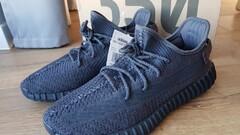 Adidas yeezy boost 350 V2 black (non-reflective) 45 1/3